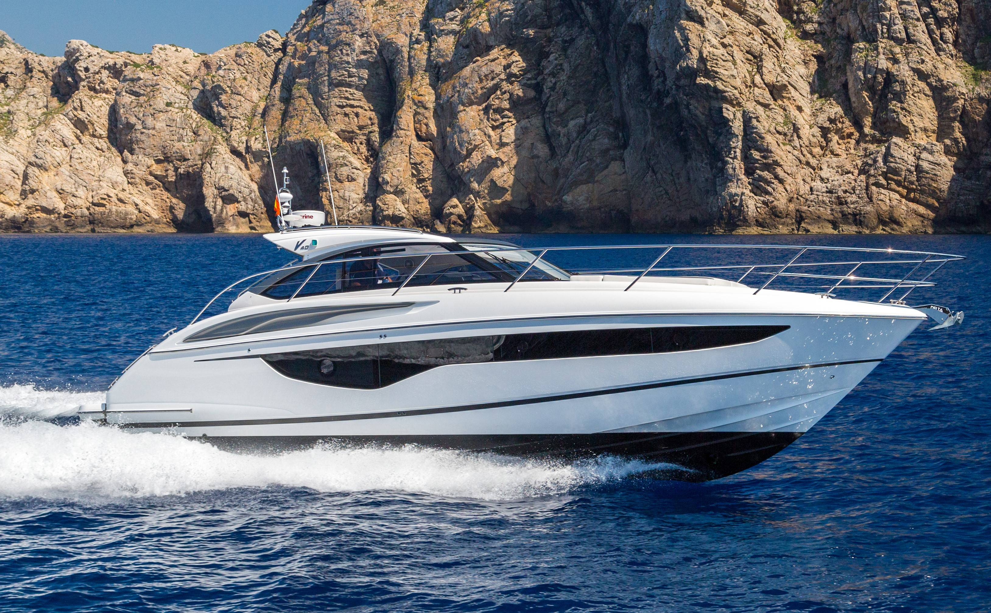 2019 PRINCESS YACHTS V40