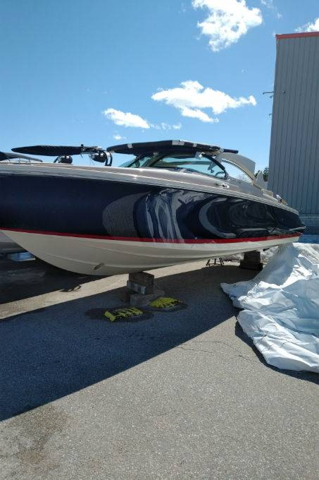 2019 CHRIS-CRAFT LAUNCH GT 28 STERNDRIVE