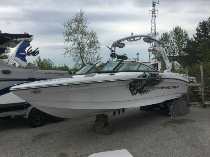 2011 NAUTIQUE SUPER AIR 230