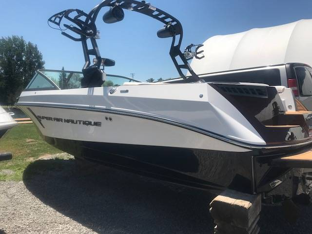 2018 NAUTIQUE SUPER AIR 210