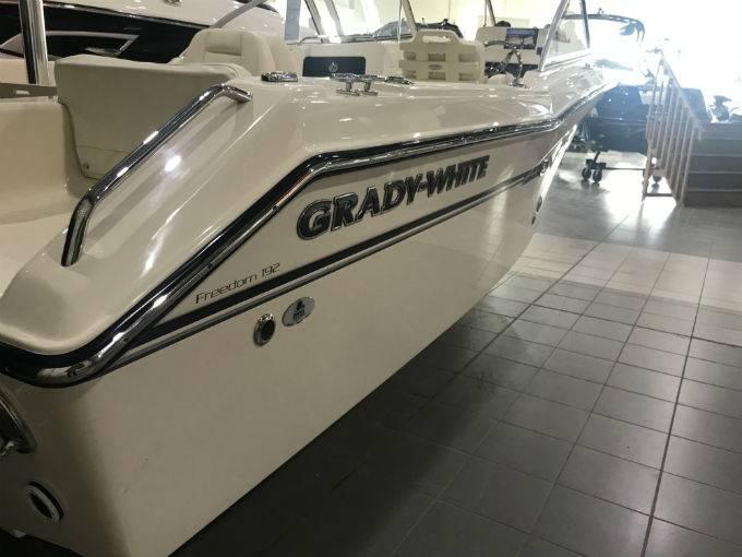 2017 GRADY WHITE GW-192