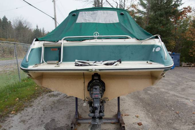 1987 SEA RAY SEA RAY 21 CLOSED DECK