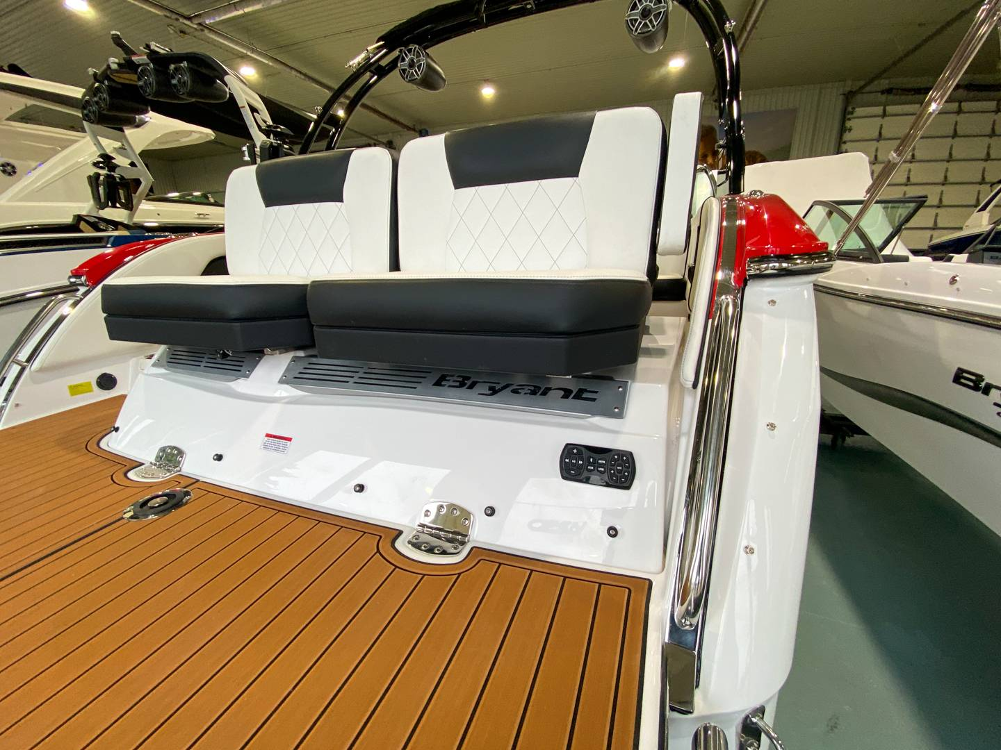 2021 Bryant boat for sale, model of the boat is C3 SURF & Image # 16 of 20