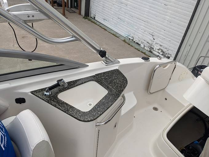 2010 Chaparral boat for sale, model of the boat is 224 SUNESTA & Image # 13 of 18