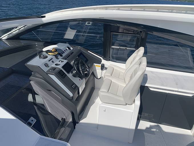 2020 Fairline boat for sale, model of the boat is 43 TARGA & Image # 30 of 34