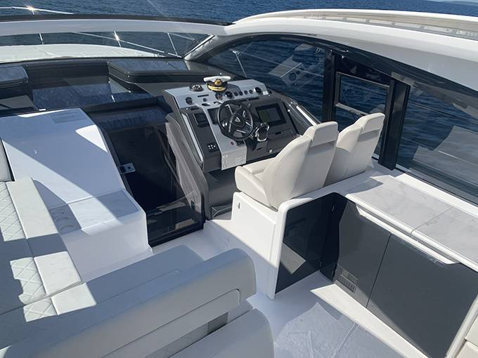 2020 Fairline boat for sale, model of the boat is 43 TARGA & Image # 29 of 34