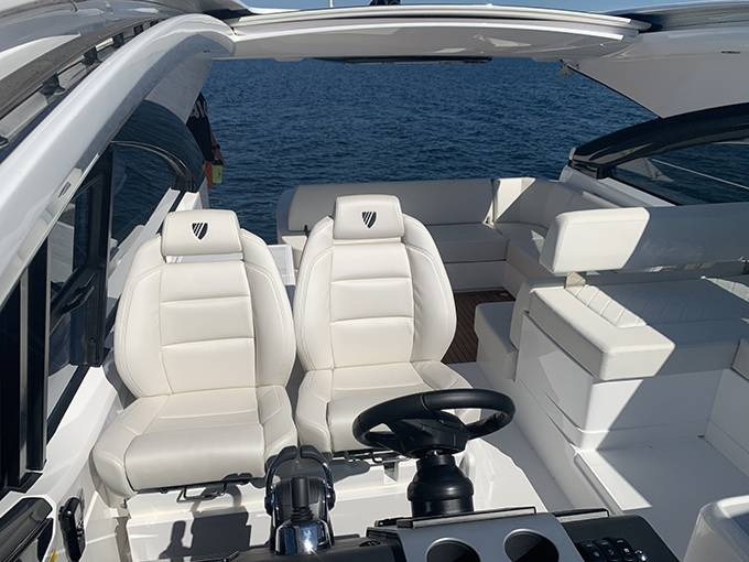 2020 Fairline boat for sale, model of the boat is 43 TARGA & Image # 28 of 34