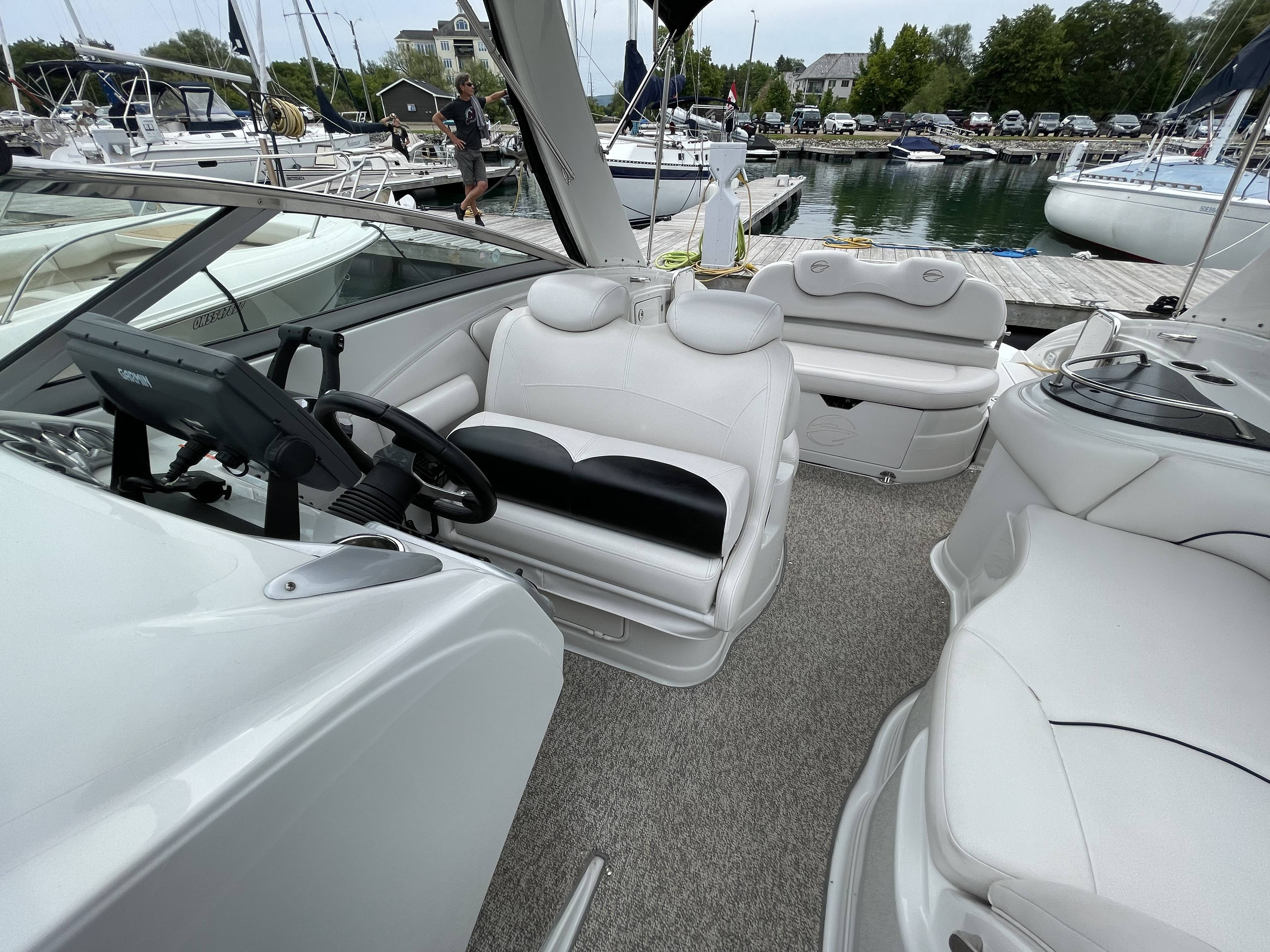 2011 Crownline boat for sale, model of the boat is 320 LS & Image # 16 of 55