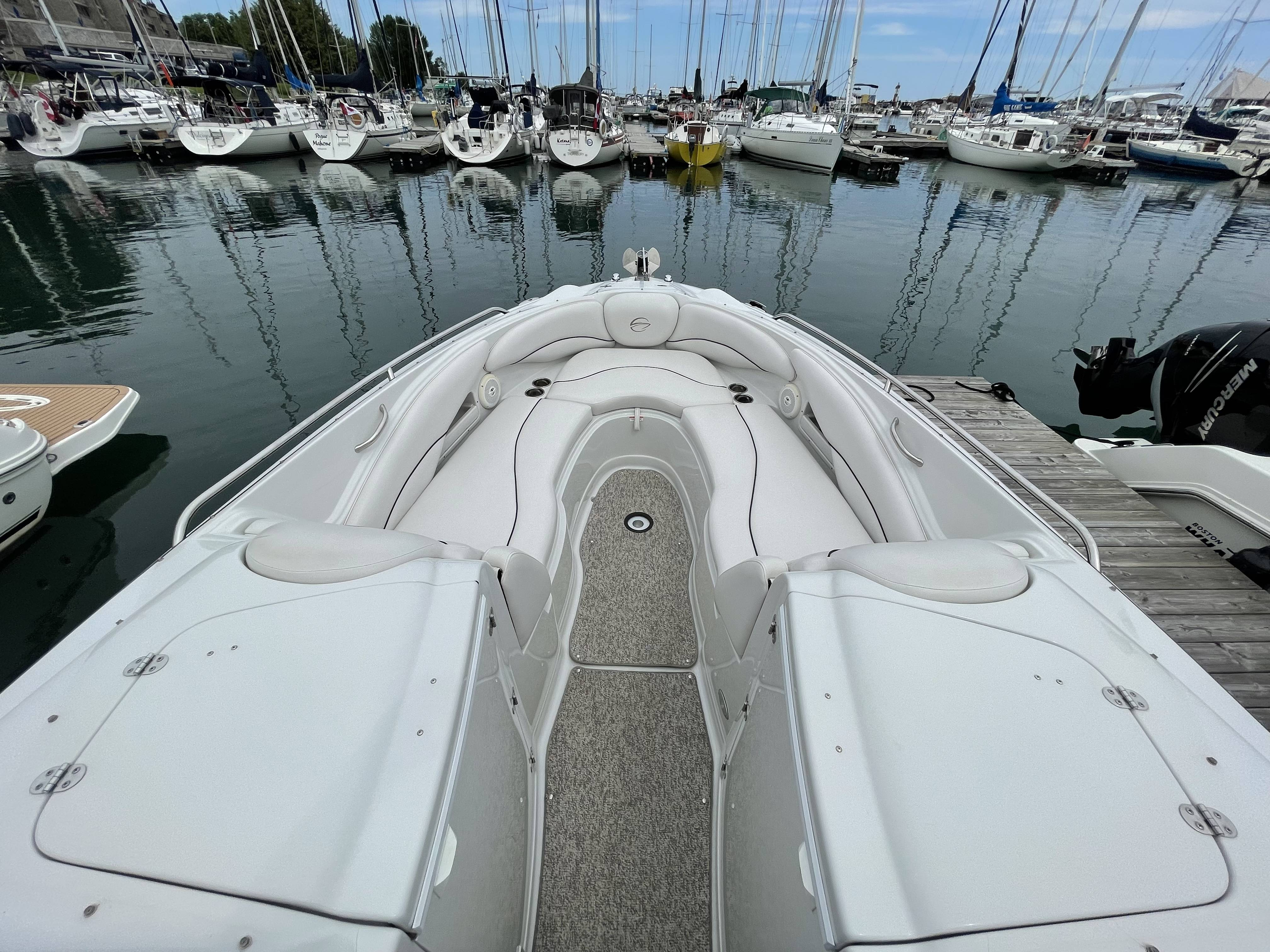 2011 Crownline boat for sale, model of the boat is 320 LS & Image # 13 of 55