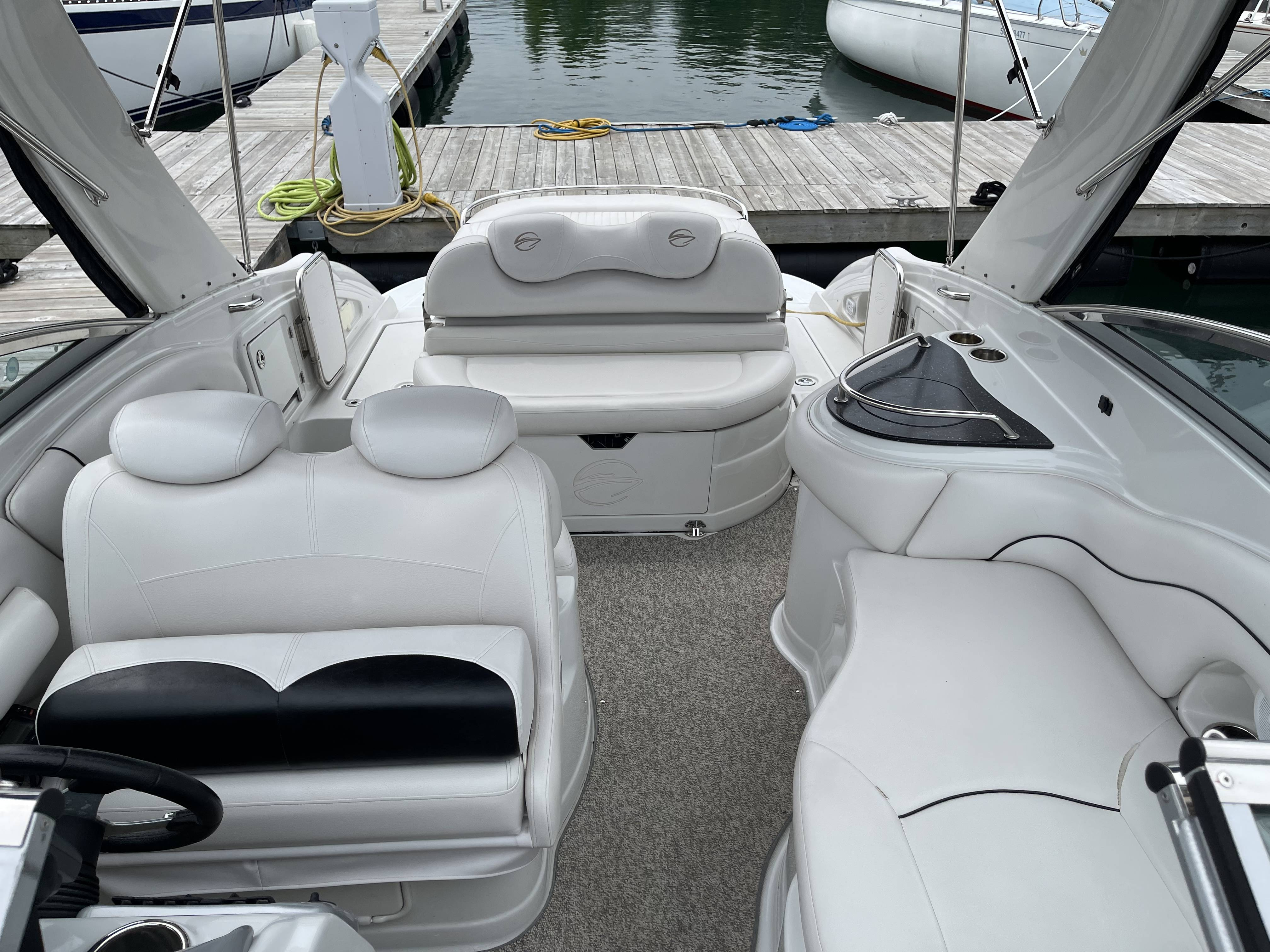 2011 Crownline boat for sale, model of the boat is 320 LS & Image # 18 of 55