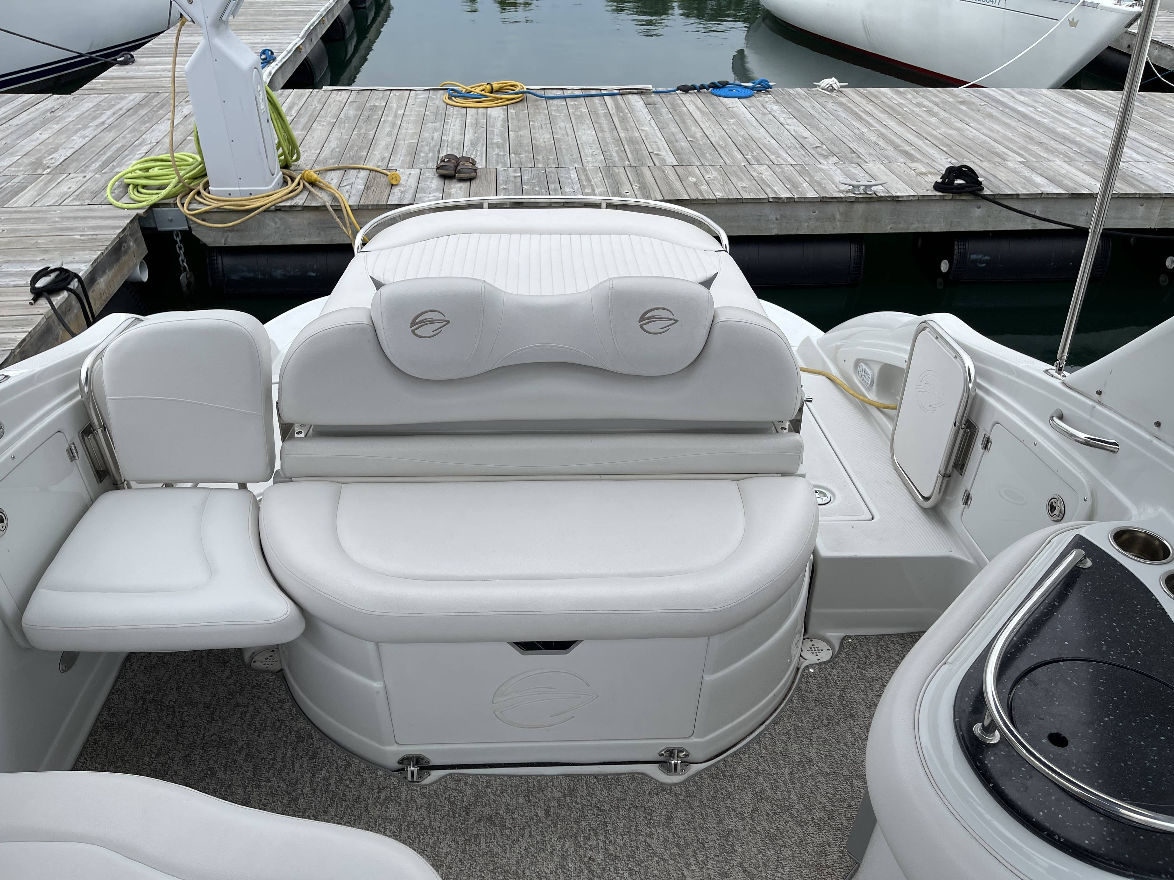 2011 Crownline boat for sale, model of the boat is 320 LS & Image # 26 of 55