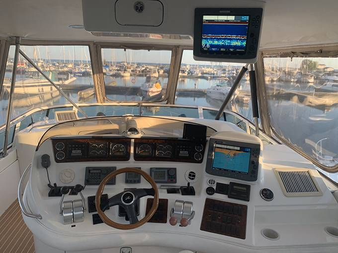 2000 Sea Ray boat for sale, model of the boat is 480 SEDAN BRIDGE & Image # 26 of 76