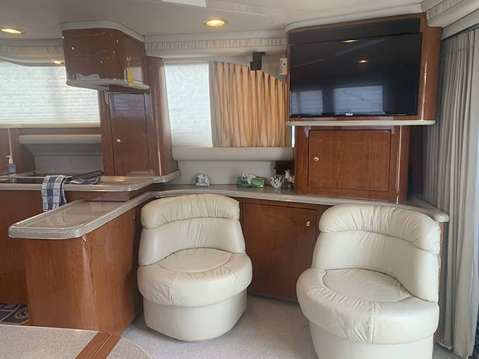 2000 Sea Ray boat for sale, model of the boat is 480 SEDAN BRIDGE & Image # 47 of 76