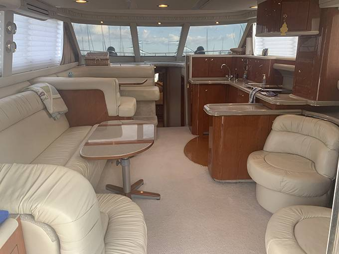 2000 Sea Ray boat for sale, model of the boat is 480 SEDAN BRIDGE & Image # 39 of 76