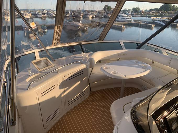 2000 Sea Ray boat for sale, model of the boat is 480 SEDAN BRIDGE & Image # 22 of 76