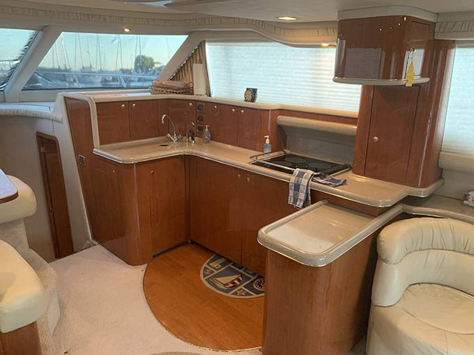 2000 Sea Ray boat for sale, model of the boat is 480 SEDAN BRIDGE & Image # 45 of 76