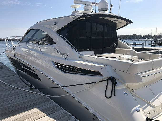 2014 Sea Ray boat for sale, model of the boat is 510 SUNDANCER & Image # 43 of 47