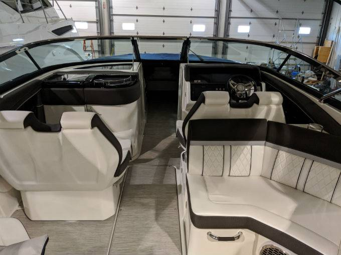 2019 Sea Ray boat for sale, model of the boat is SLX 350 & Image # 21 of 38