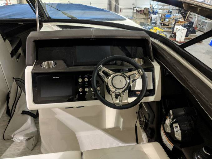 2019 Sea Ray boat for sale, model of the boat is SLX 350 & Image # 24 of 38