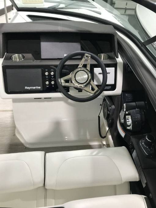2019 Sea Ray boat for sale, model of the boat is SLX 350 & Image # 33 of 38