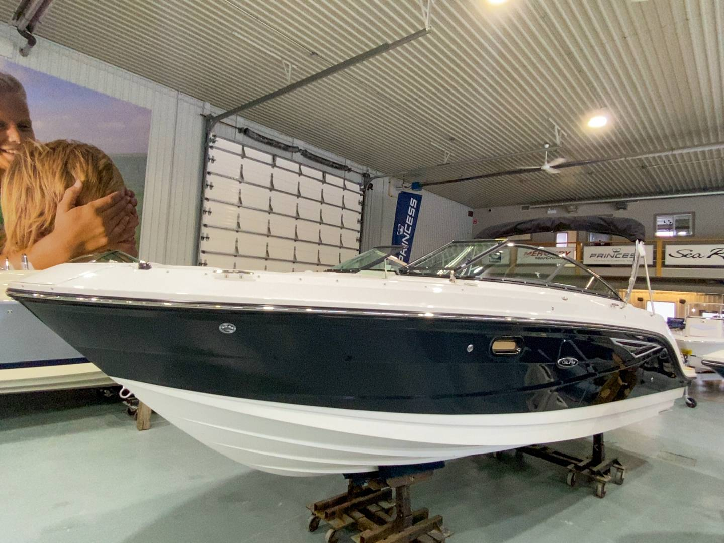 2021 Sea Ray boat for sale, model of the boat is SLX 250 & Image # 16 of 16