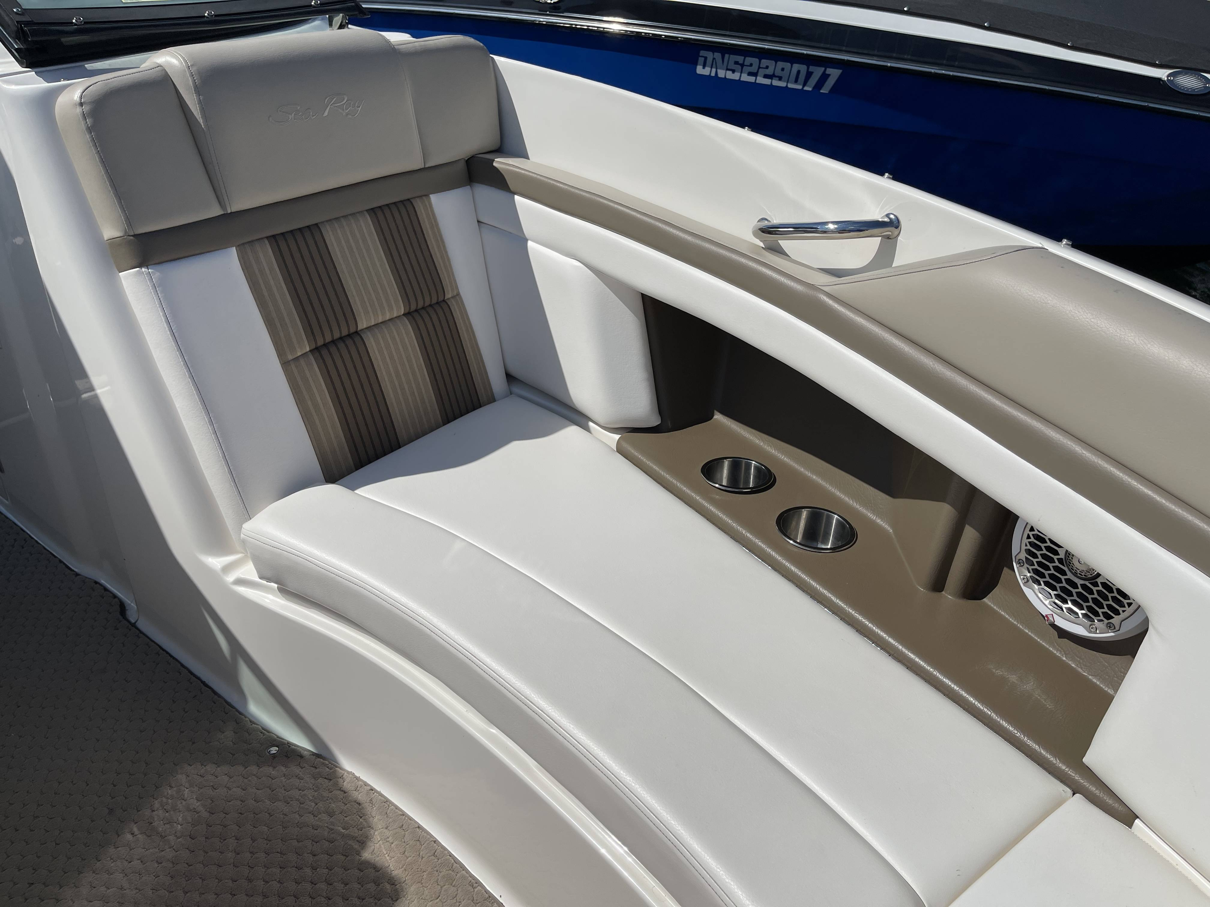 2012 Sea Ray boat for sale, model of the boat is 250 SLX & Image # 25 of 35