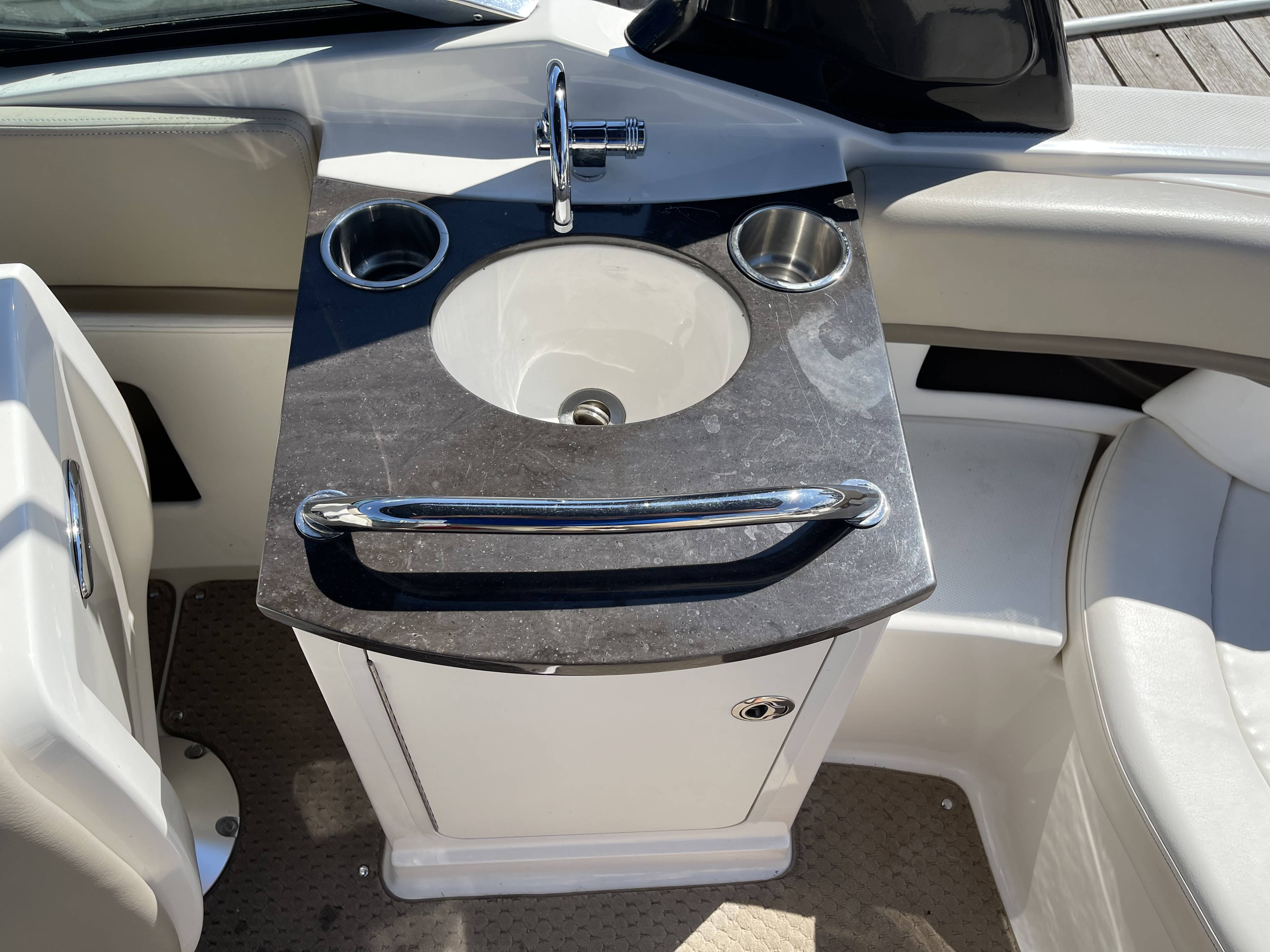 2012 Sea Ray boat for sale, model of the boat is 250 SLX & Image # 15 of 35