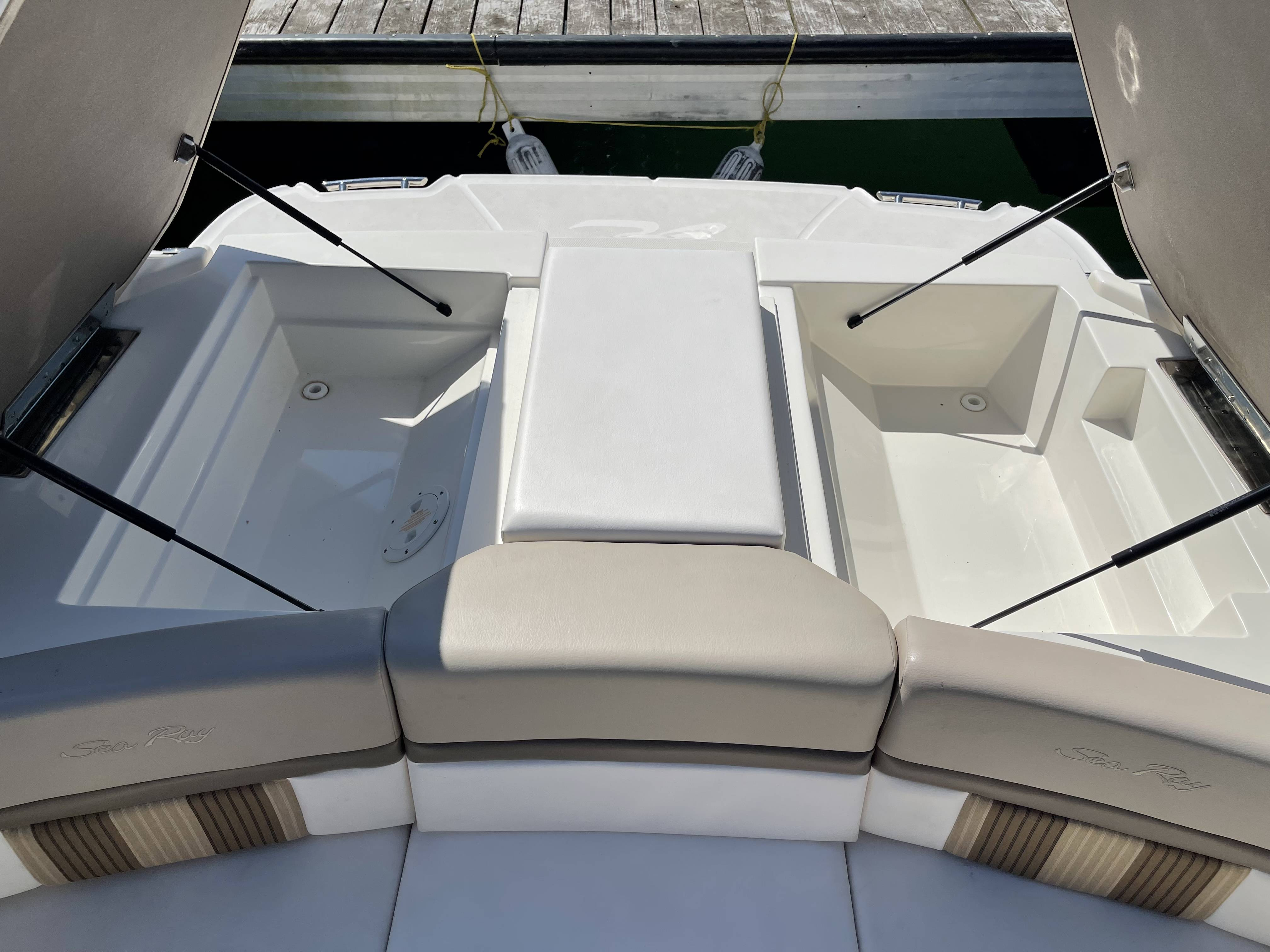 2012 Sea Ray boat for sale, model of the boat is 250 SLX & Image # 17 of 35