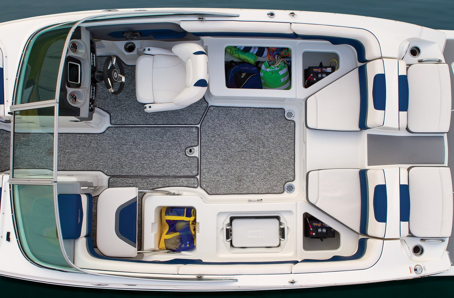 2016 Chaparral boat for sale, model of the boat is 223 VORTEX VR & Image # 4 of 25