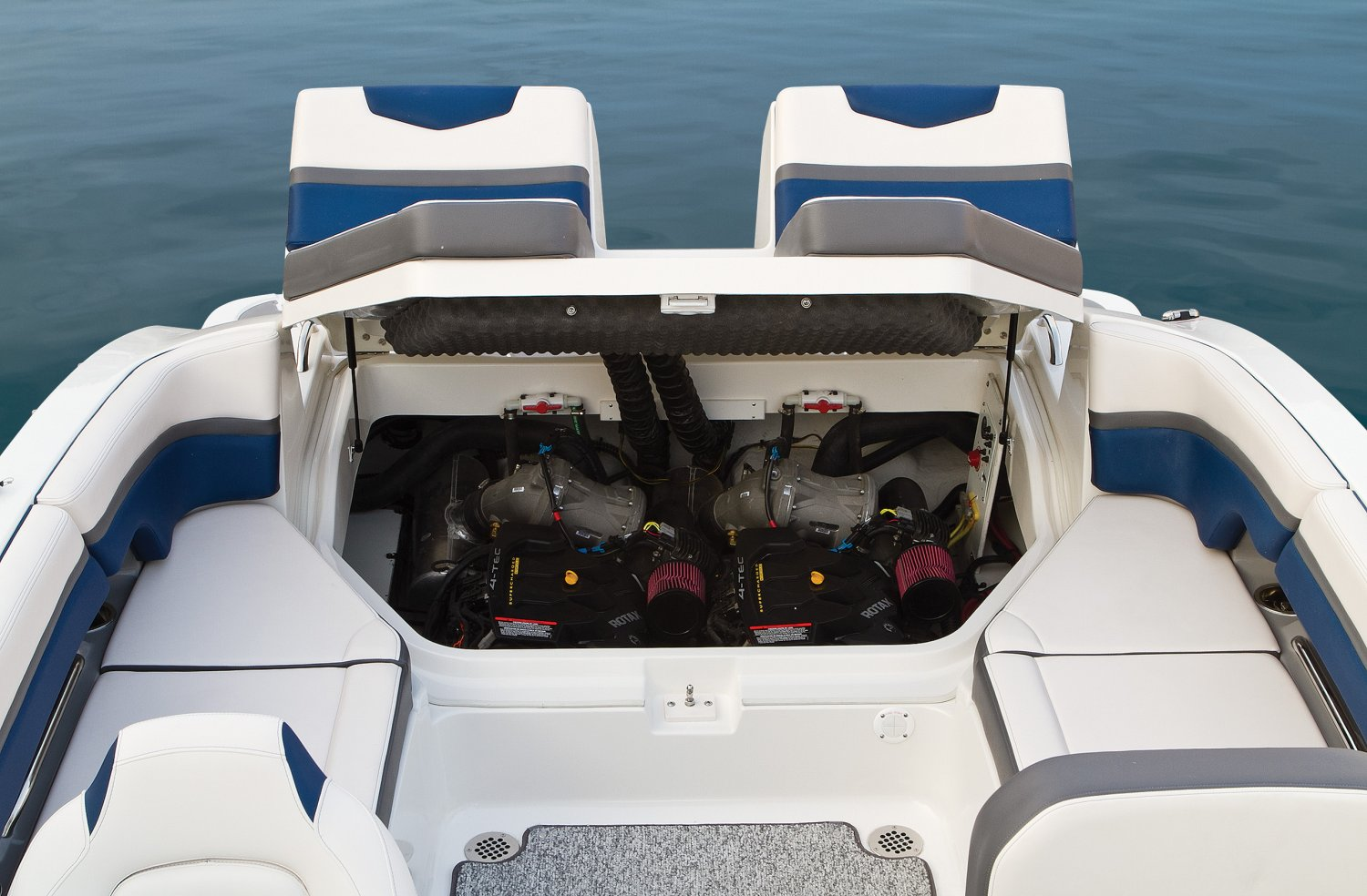 2016 Chaparral boat for sale, model of the boat is 223 VORTEX VR & Image # 9 of 25