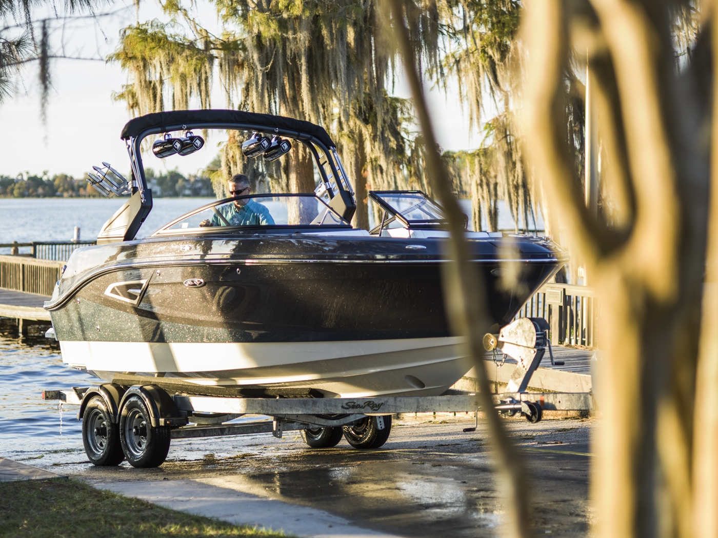 2017 Sea Ray boat for sale, model of the boat is SLX-W 230 & Image # 25 of 26